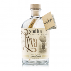 """La Valdôtaine """"Eyva"""" Vodka al Farro di Montagna"""